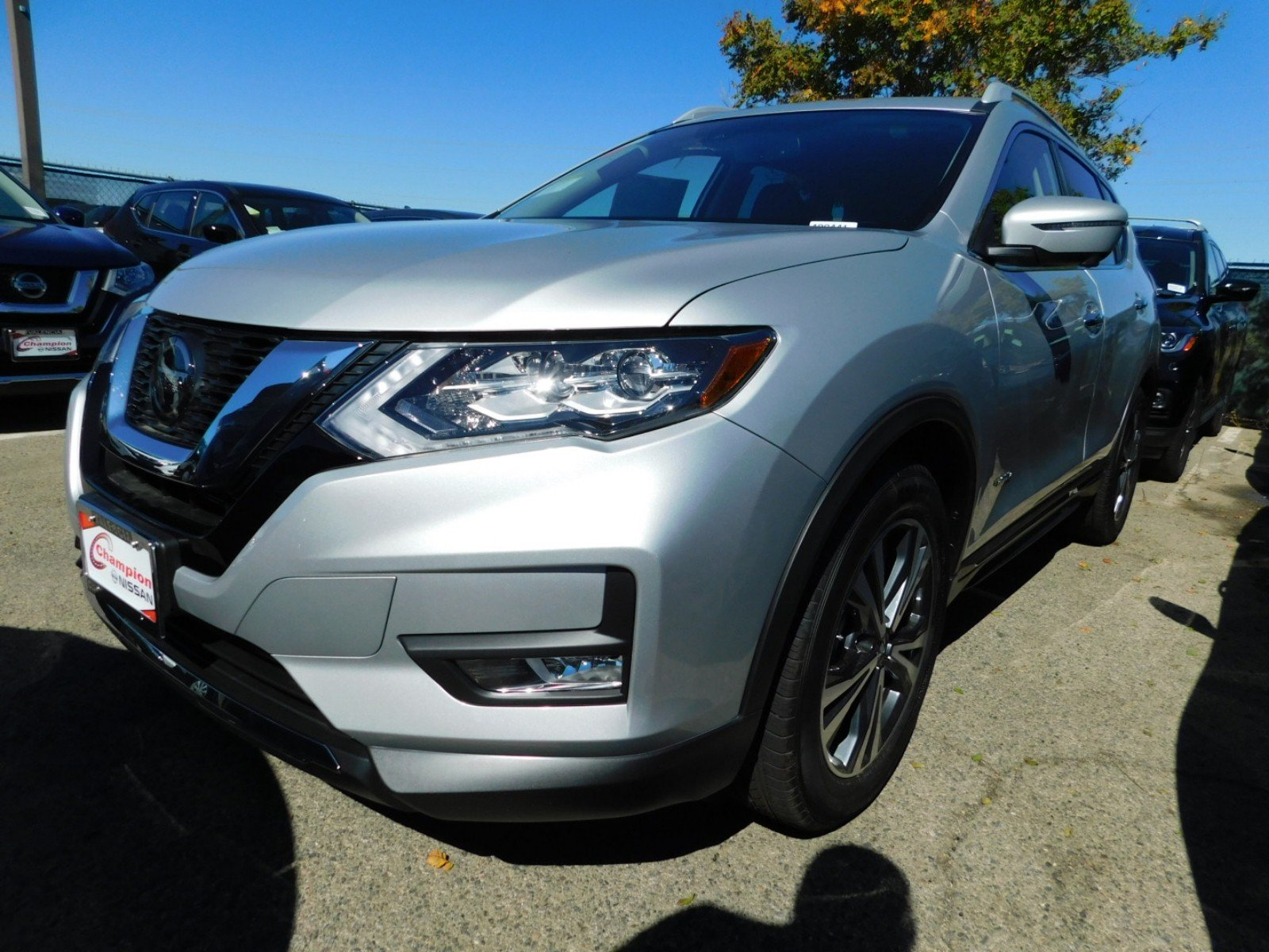 Nissan Rogue Owners Manual: Technical and consumer information
